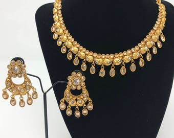Indian Jewelry Set - Pakistani Jewelry Set - Neck Fitting Necklace - Bollywood Jewelry Set - Indian Earrings - Kundan Jewelry - Bridal Set -