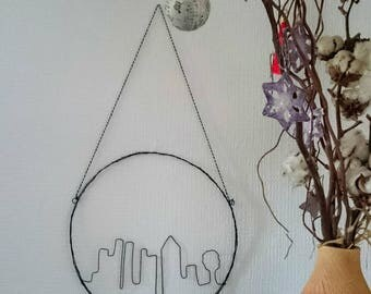 Painting of a city in wire, wall decor contemporary city, wall decoration, metal wire, building, graphic design