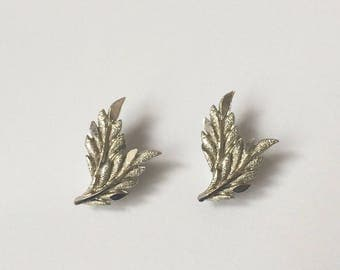 Vintage 1950's Silver Detailed Leaves Clip On Statement Earrings