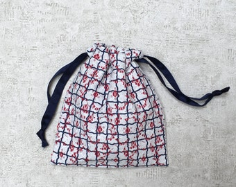 smallbag in Navy and white lace lined with red cotton - cotton bag