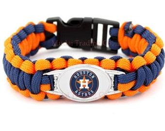 Houston Astros paracord bracelet..free shipping!!