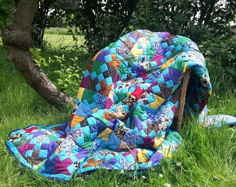 King size, Cross Roads To Jericho patterned throw, hand-made patchwork quilt