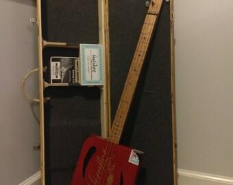 Miraflor 3 String Cigar Box Guitar and Üglibox Custom Case
