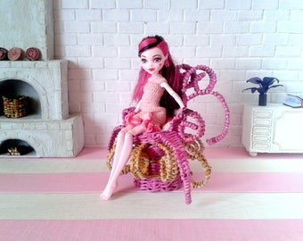 Miniature chair for the doll. Unusual curly furniture for YoSD, customized Blythe, Enchantimals. Odd, curious, eccentric custom pink octopus