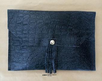 leather handbag clutch