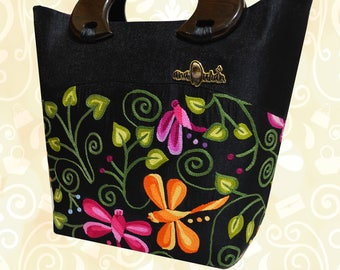 Bag with fabric by hand