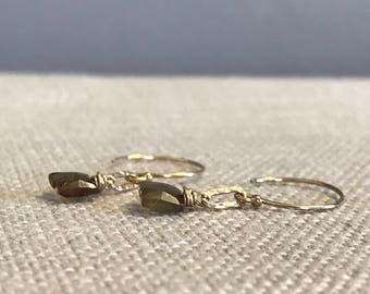 Square Andalucite and Hammered Link Earring