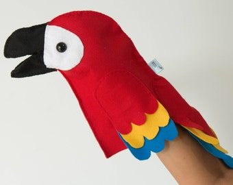 Puppet Macaw