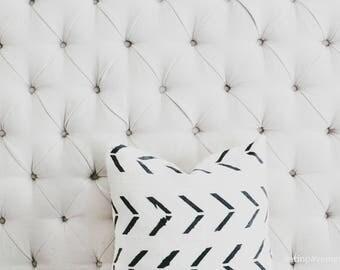 White Chevron Print Mali Mud Cloth Pillow Cover, African Mudcloth, Boho, Throw Pillow, Linen, Modern Print Pillow
