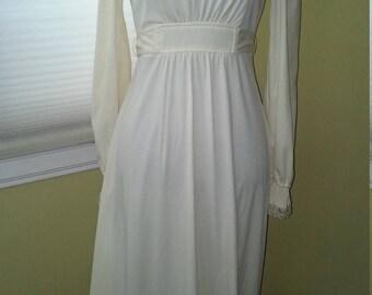 Vintage Victorian Style Cream Long Dress Lace Petite
