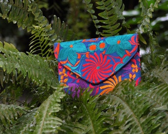 Floral Clutch, Frida Kahlo Style, Elegant Clutch, Clutch for Woman, Christmas Outfit Clutch, Designer Clutch, Embroidered Clutch for Woman