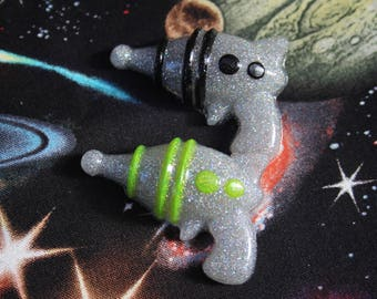 Holographic Silver Black OR Green Ray Gun Pin