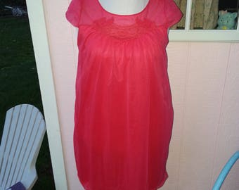 Vintage Baby Doll 50's 60's Red Chiffon Lace Nylon Nightgown Nightie Size M