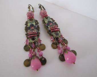 """Lilipop"" tone fuschia, black with handmade charm earrings"