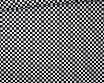 Black and white checkered, 100% cotton fabric printed 50 x 160 cm, black and white checkered pattern