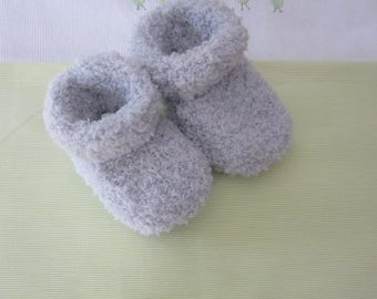 "Size 0/3 months - hand made knitted gray ""soft"" baby shoes"