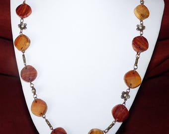 Precious wooden Necklace: Vienna