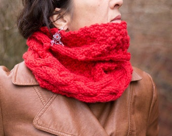"Collar Snood red ""Eire"" knit handmade"