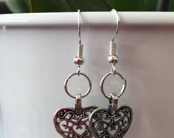 Earrings adorned with a pretty heart buckle in Silver 925/1000