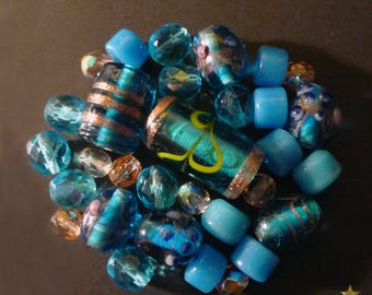 30 glass beads Indian, Czech, Italian blue and peach