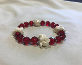 Roll Tide!!! Cheer on Bama with this fashionable bracelet