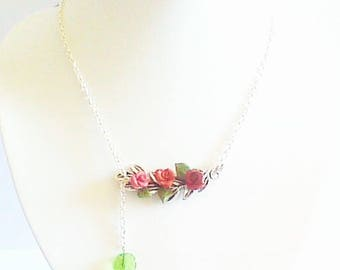 romantic necklace, small Garland of leaves and roses.