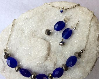 Dark blue and steel grey earrings and necklace set Handmade