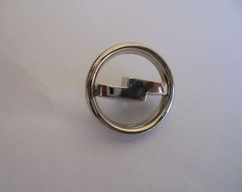 Button round 23 mm vintage silver plated