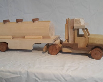 Wooden lorry with trailer