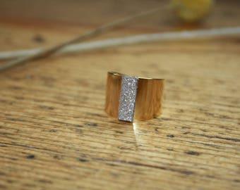 LAURETTE taupe glitter ring