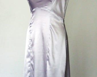 grey short robe