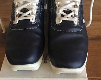 Vintage Alpina Children's NNN-82 Ski Boots EU Size 35 Indigo/Crimson
