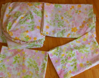 Vintage Floral Twin Sheet Set 2 Pillowcases