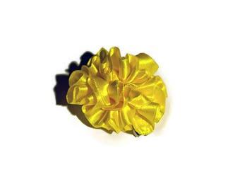 Bright yellow dahlia hair clip