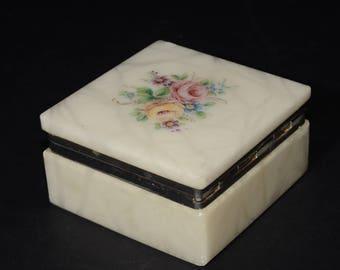 VINTAGE, Genuine Alabaster, Keepsake, Square, Trinket Box, Hand Carved, Made In Italy, Powder Jar, Keepsake Trinket Box, Earring Box