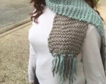 Two-Toned Scarf with Fringe