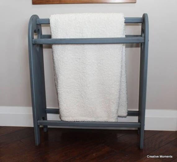 Solid Pine Quilt Rack / Blanket Rack / Farm House Style / : pine quilt rack - Adamdwight.com