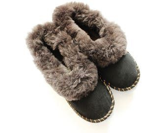 Leather slipper, Sheepskin Men slippers Lambskin Boots House slippers woolen natural sheatling  boots fur shoes christmas boyfriend gift