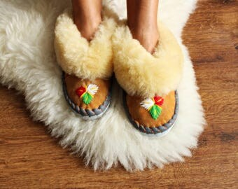SHEEPSKIN slippers LEATHER fur slippers Women moccasins warm winter slippers