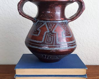 etched earthenware tribal pottery made is brasil