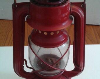 "Vintage Red Metaloglobus 104E Kerosene Lantern 10"" From Germany"