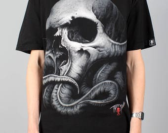 Skull T-shirt - Sullen Art Collective – Tyrrell - punk rock tshirt - skull shirt - heavy metal rock t-shirt - festival style - Size L large