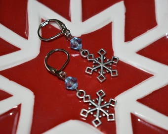 Short Snowflake Earrings