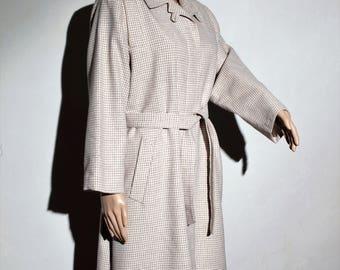 Mid 60s beige houndstooth coat