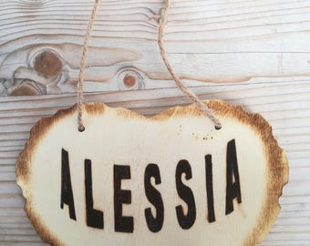 Customized wood signboard, wood vantage, wood sign shop, name pyrography, pregnancy gift, baby birth gift, baby shower gift, baby room gift