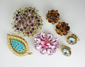 Vintage Rhinestone Jewelry Destash Lot Pink Purple Turquoise Brown Blue Earrings Brooch Pins