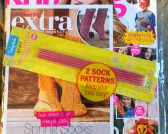 NIP Simply Knitting Issue No 143 September 2015 With Free set of sock DPNs and patterns