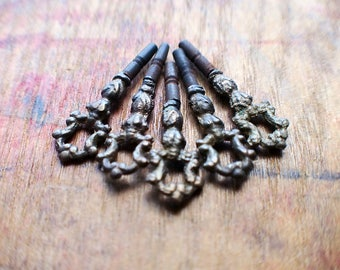 Antique Brass Pocket Watch Winder Keys - RARE - Set of Five Sizes // Summer SALE - Save 15% - Coupon Code SUMMER15