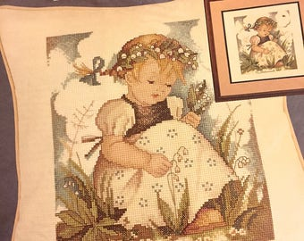 HUMMEL Cross Stitch Kit LILY Of The VALLEY Pillow Jca Needle Treasures 04607