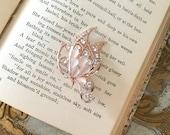 ROSE GOLD Butterfly Brooch.ROSE Gold Brooch.Blush Pink Brooch.Pale Peach.Bridal Brooch.wedding dress Pin.Rhinestone Brooch.Butterfly Broach